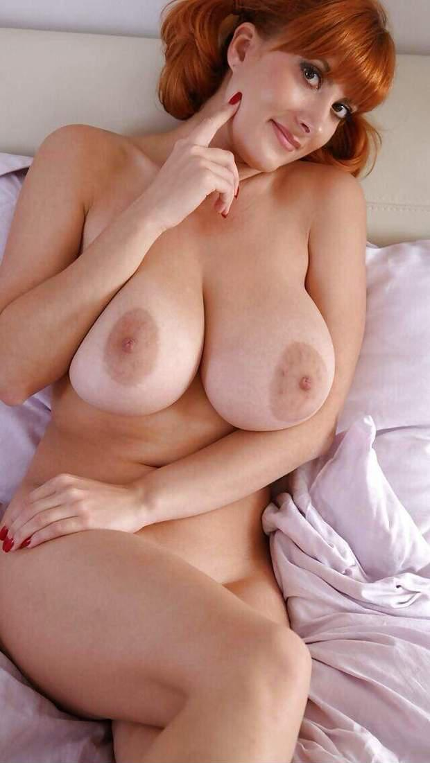 Photis of young and sexy women having sex
