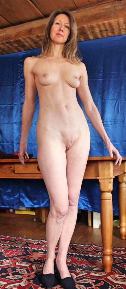 Teen nude blowjobs shaved pussy