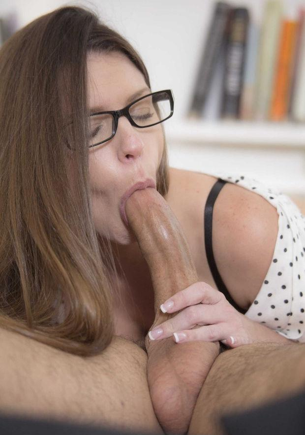 Mature amature caught naked