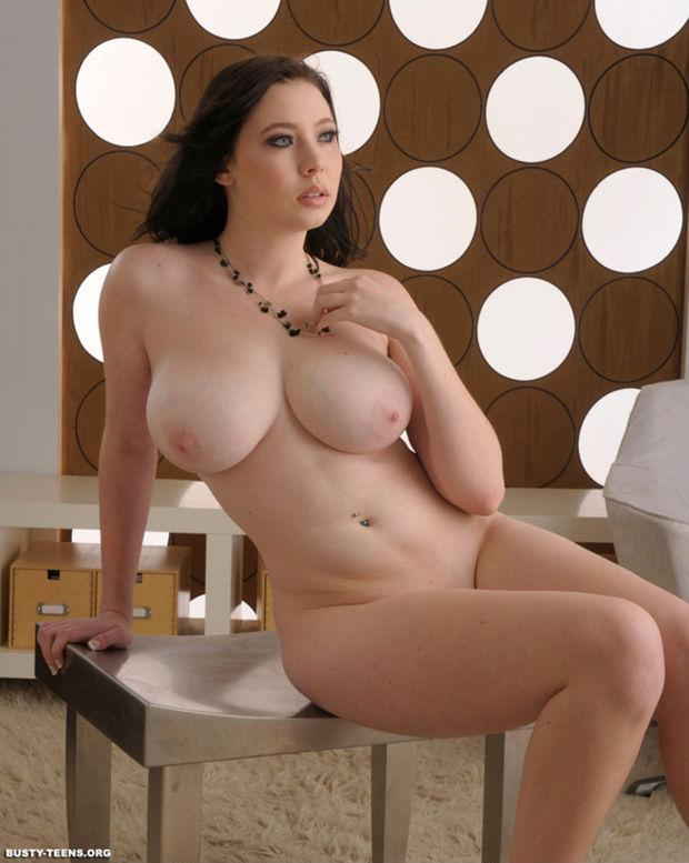 Tits hot nude busty are