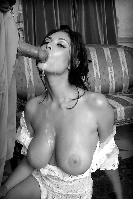 Hot Wife Gives Amazing Blowjob