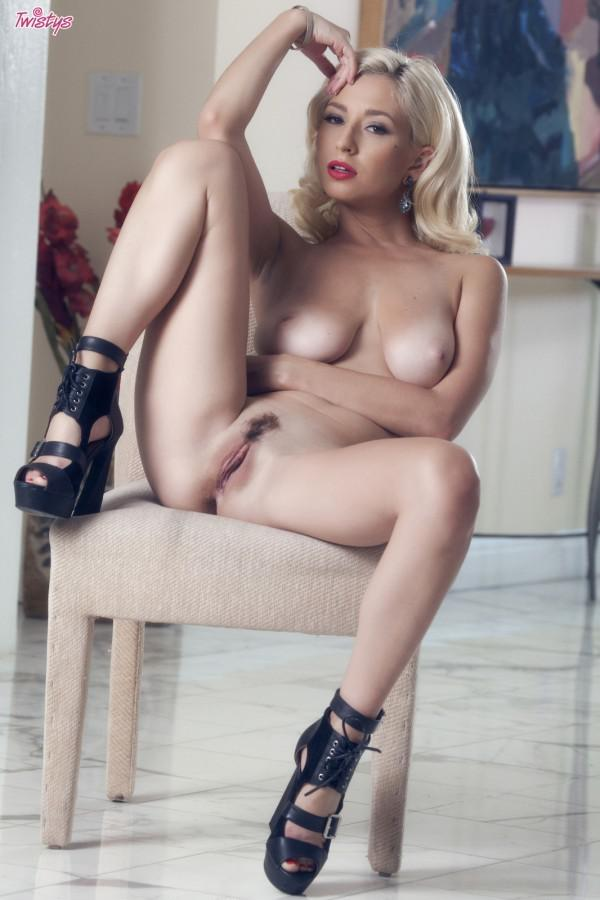 discussion couples showering nude pix hardcore all fantasy Excuse for