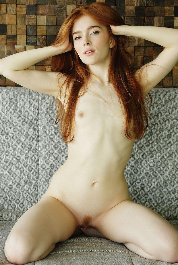 Amatuer mature woman seen naked