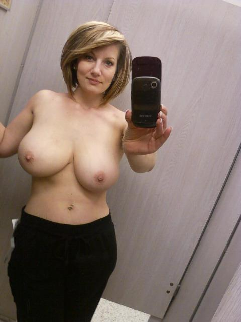 awesome nude wives