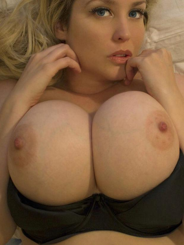 Big Ass Big Tits Blonde Teen