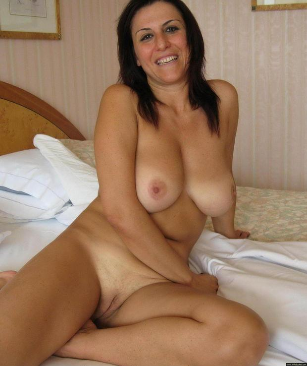Amateur Tattoo Brunette Milf