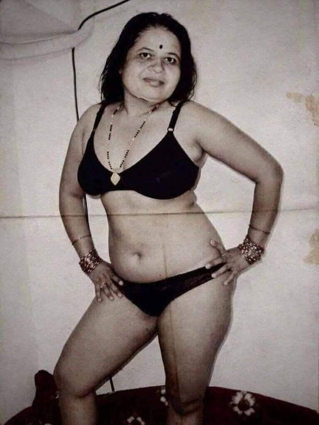 Pakistani nude girls photos