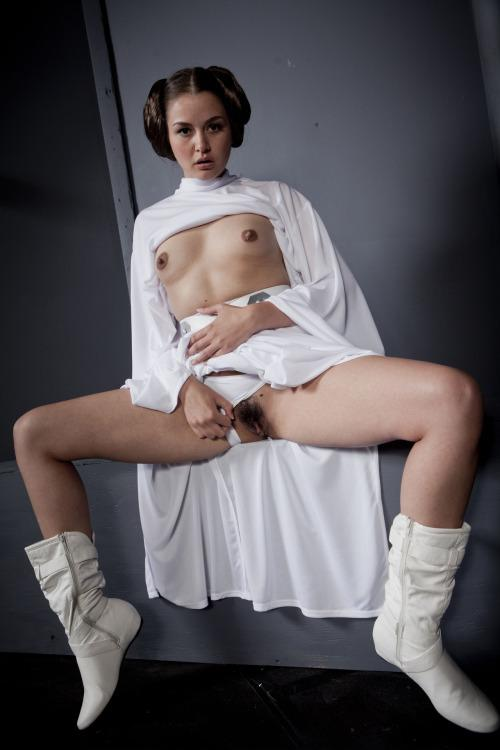 free nude pics of all females in star wars