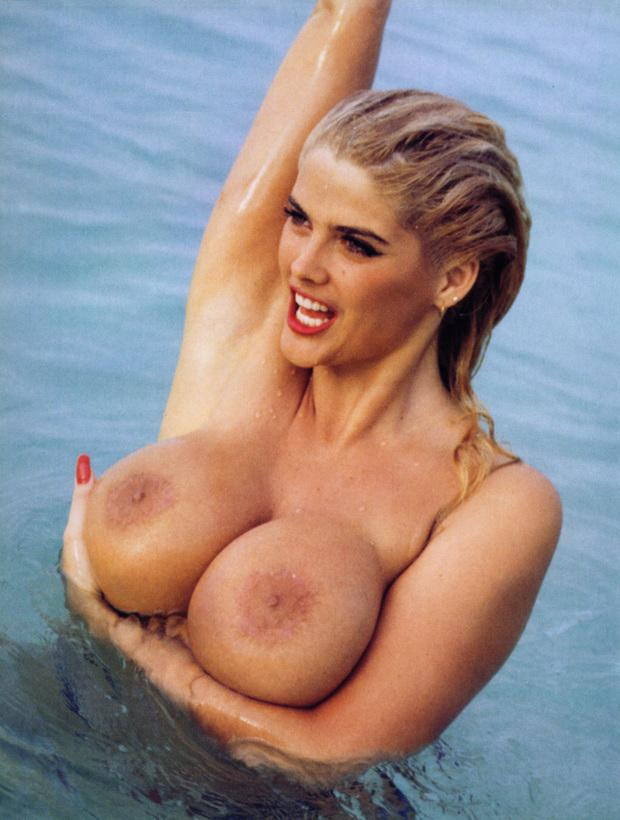 anna nicole naked fat